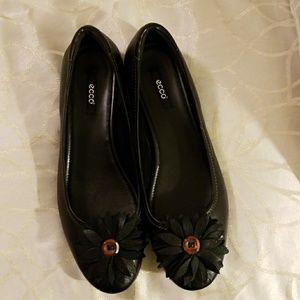 Ecco Keystone Leather Slip On Flats